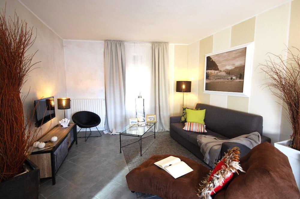 Apartment, 1 Bedroom, Smoking, Terrace - Living Room