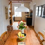 Apartment, 1 Bedroom (An Artistic Experience) - In-Room Dining
