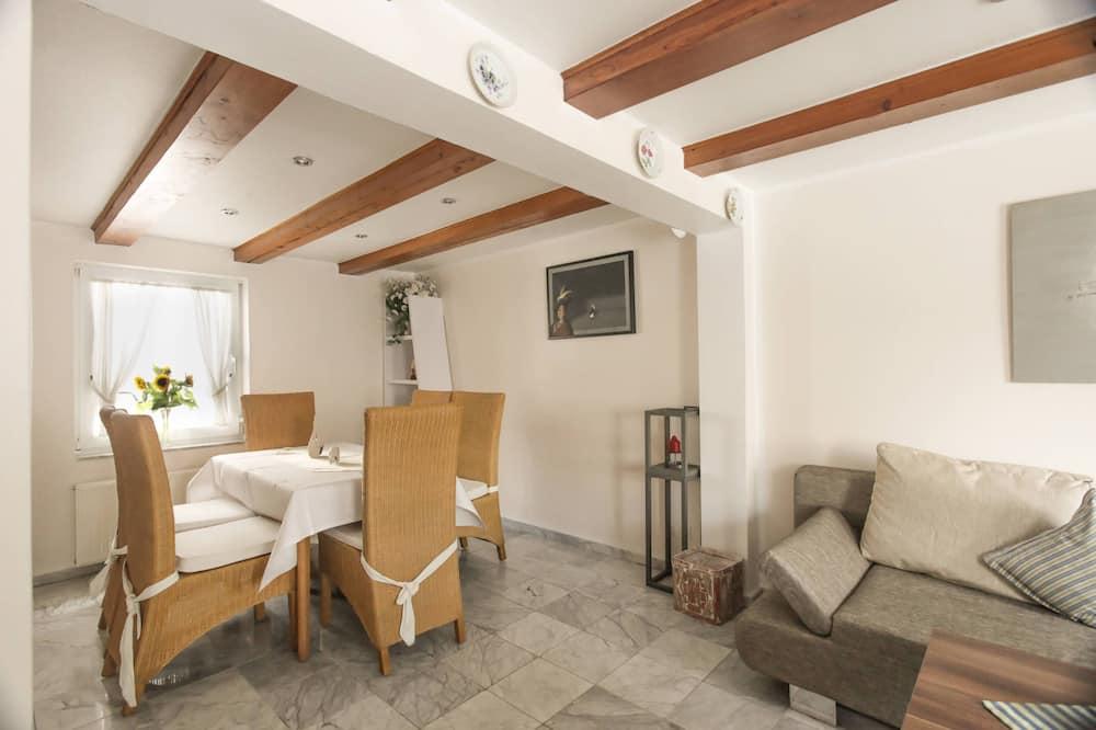 別墅, 2 間臥室 (80 EUR Cleaning Fee on top of rate) - 客廳
