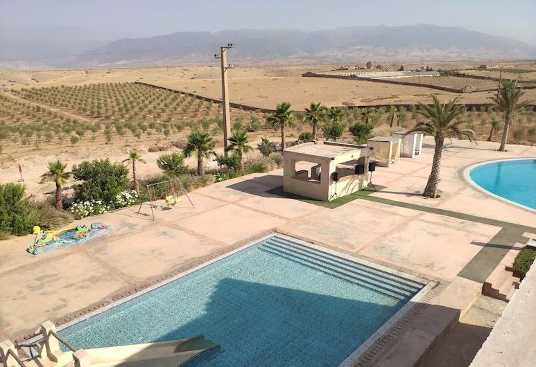 Les Jardins d Amizmiz, Sidi Badhaj, Piscina al aire libre