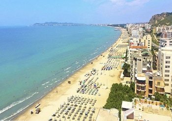 Picture of Real Hotel in Durres