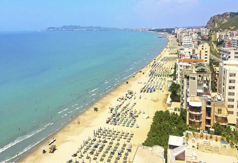 Real Hotel, Durres, Beach