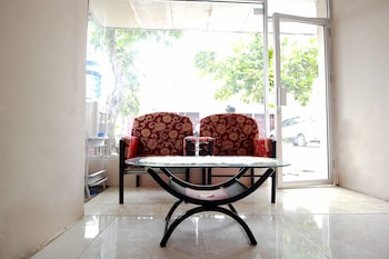 Picture of SPOT ON 2647 Anissa Guest House in Bengkulu