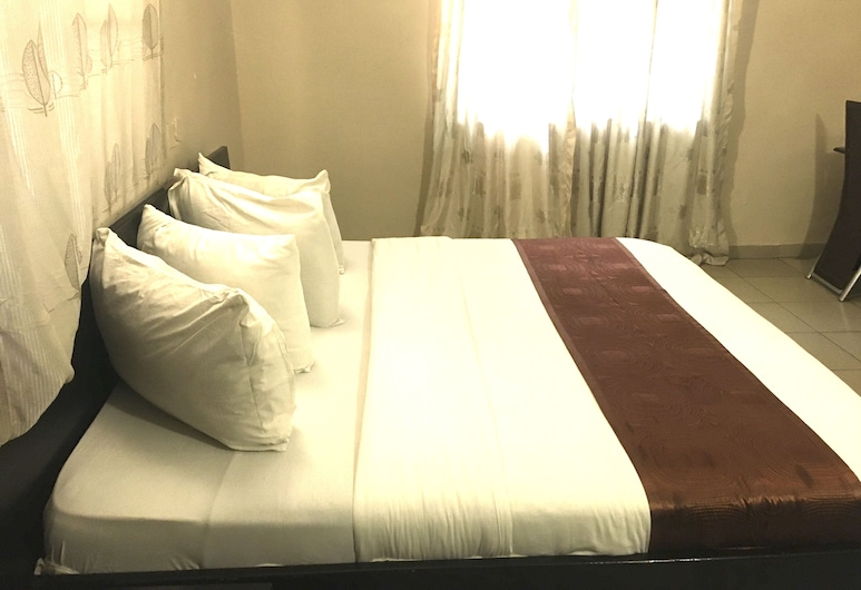 E-Apartments, Lagos, Deluxe Room, Room