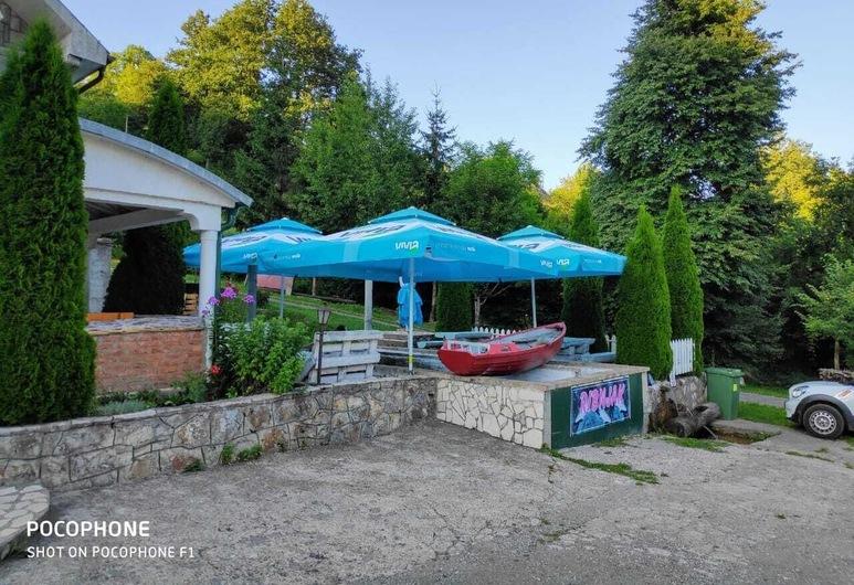 Bungalovi Vukovic, Mojkovac, Terassi/patio