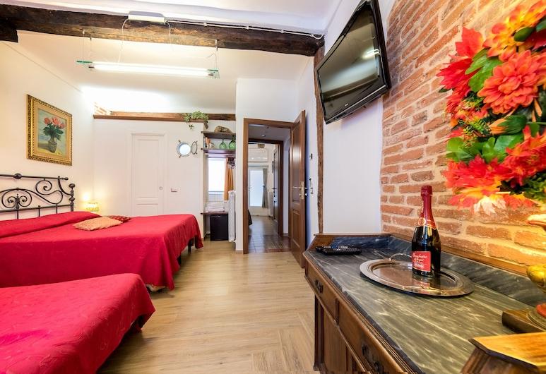 Vernazza Sea View, Vernazza, Quadruple Room, Sea View, Guest Room