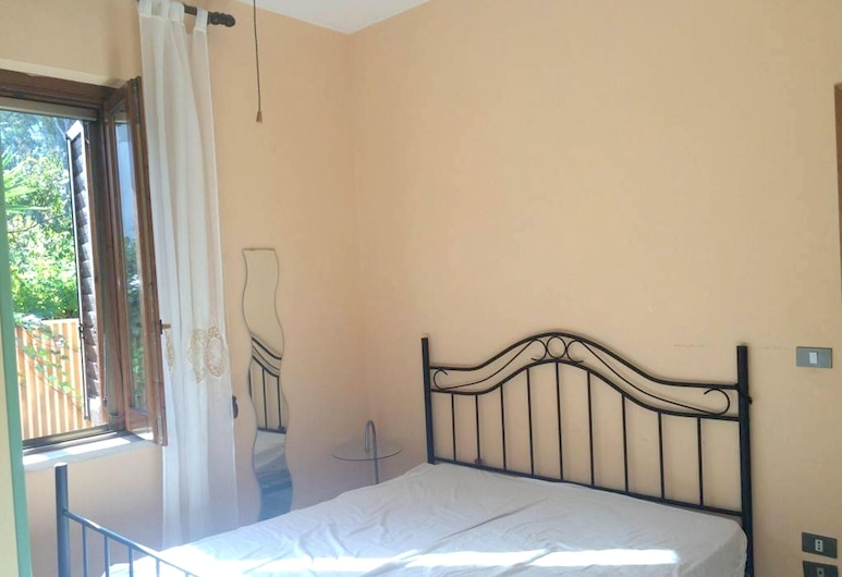 House With 2 Bedrooms in Laura, With Enclosed Garden - 100 m From the Beach, 카파치오 파에스툼, 하우스, 객실