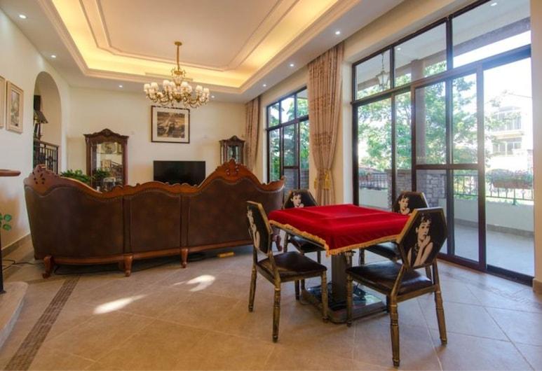 Nankun Mountain Resort Villa No.15, Huizhou, Villa, Multiple Bedrooms, Living Room