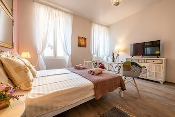 Picture of Old City Studios 2 - Adults only in Pula
