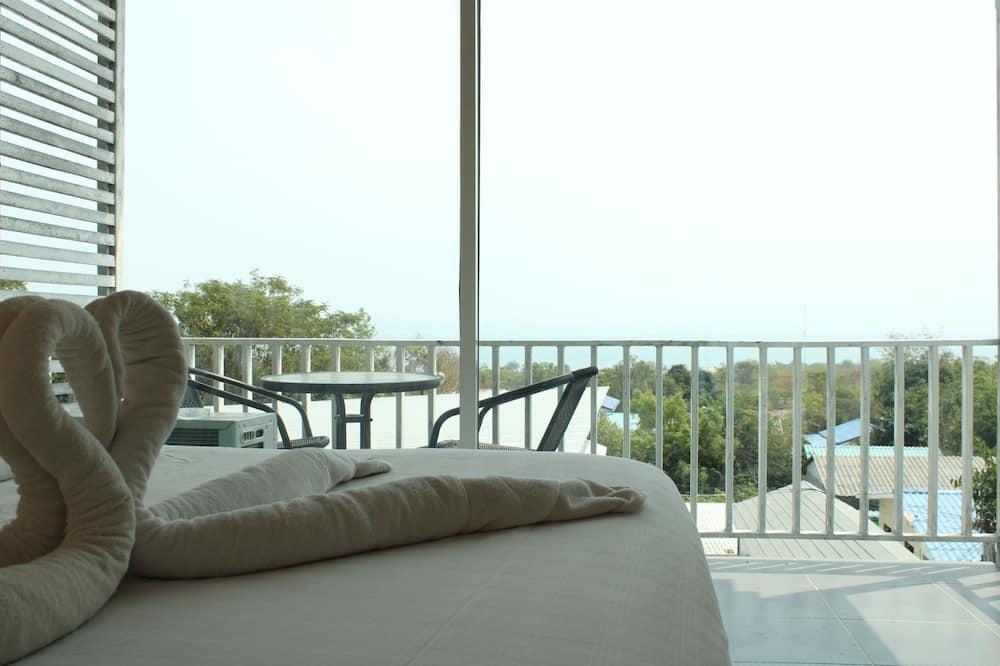 Deluxe Tek Büyük Yataklı Oda, Deniz Manzaralı - Oda