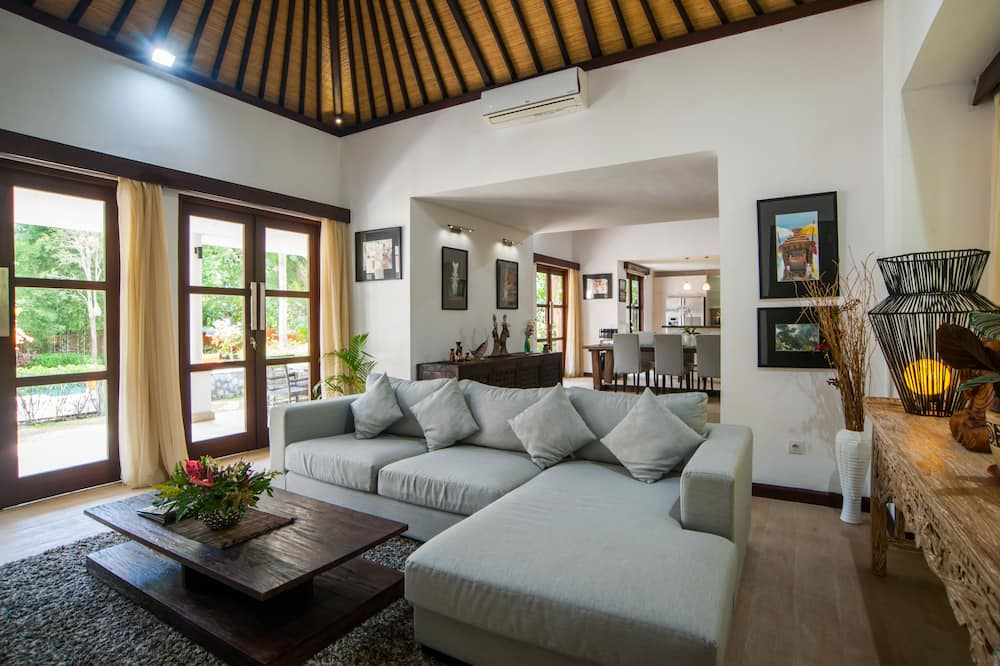 Exclusive Βίλα, 3 Υπνοδωμάτια, Ιδιωτική Πισίνα - Περιοχή καθιστικού