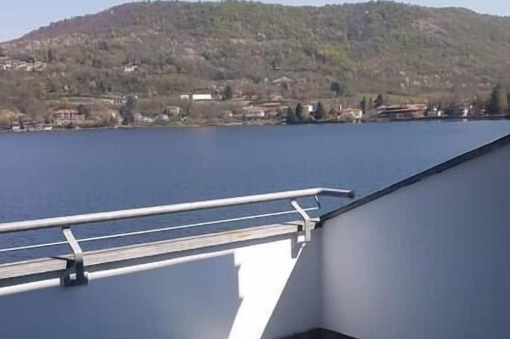 Standard szoba kétszemélyes ággyal - Kilátás a tóra