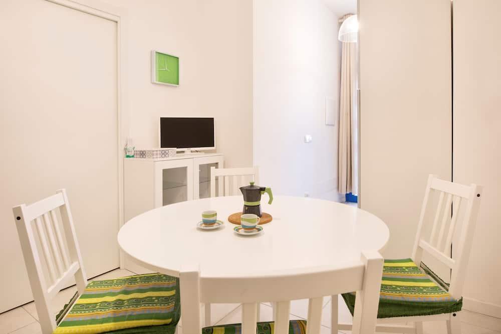 Апартаменты, 1 спальня (Simuni) - Гостиная