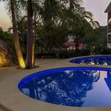 Condo, Nhiều giường (2050 - Cosmo 7A3) - Hồ bơi