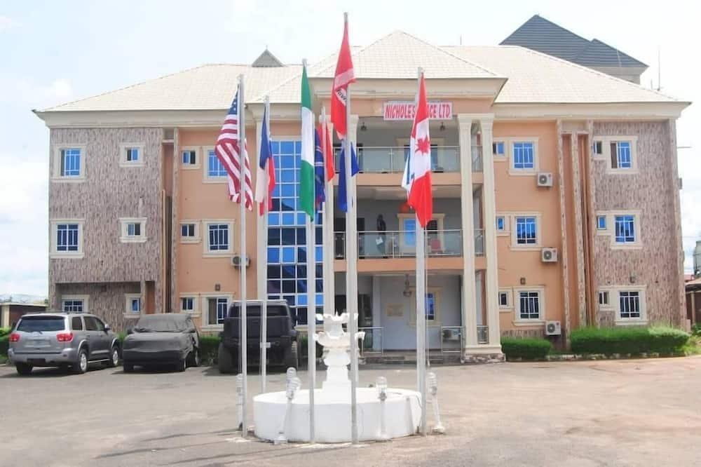 Nichole's Place LTD, Enugu