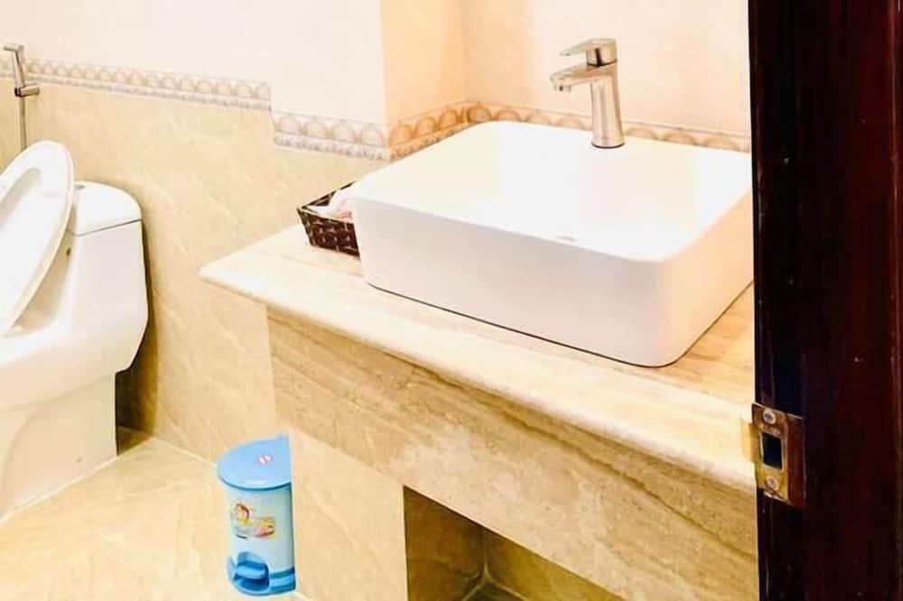 Phòng đơn Tiêu chuẩn, 1 giường đôi - Phòng tắm