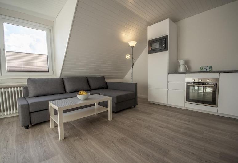 Ferienwohnung 'haus Ingeborg, Wohnung 3/og', Cuxhaven, Living Room