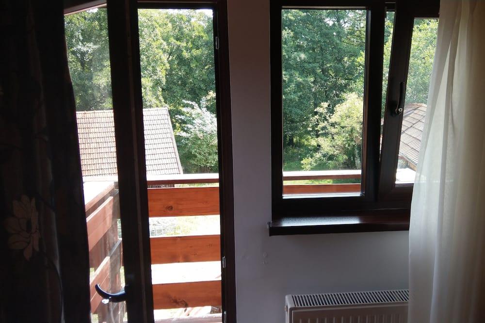Duplex Superior - balkong - Utsikt mot innergården