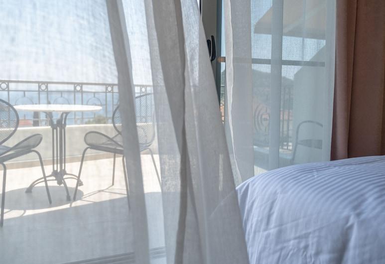 Elixia, Nafplio, Дизайнерські апартаменти, з видом на море, Тераса/внутрішній дворик