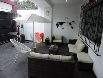 Picture of Meetinc House in Lima