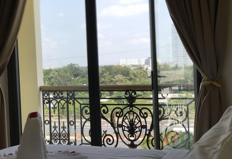 Winston Hotel Riverside, Ho Chi Minh City, Lyxrum - 1 kingsize-säng - balkong - utsikt mot staden, Balkong