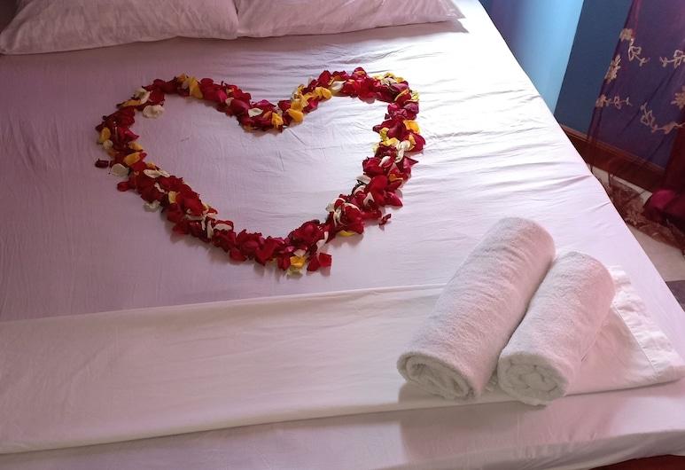 Qwe'tu Homestay, Mombasa, Comfort Double or Twin Room, Guest Room