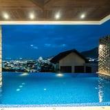 Design Villa - Private pool