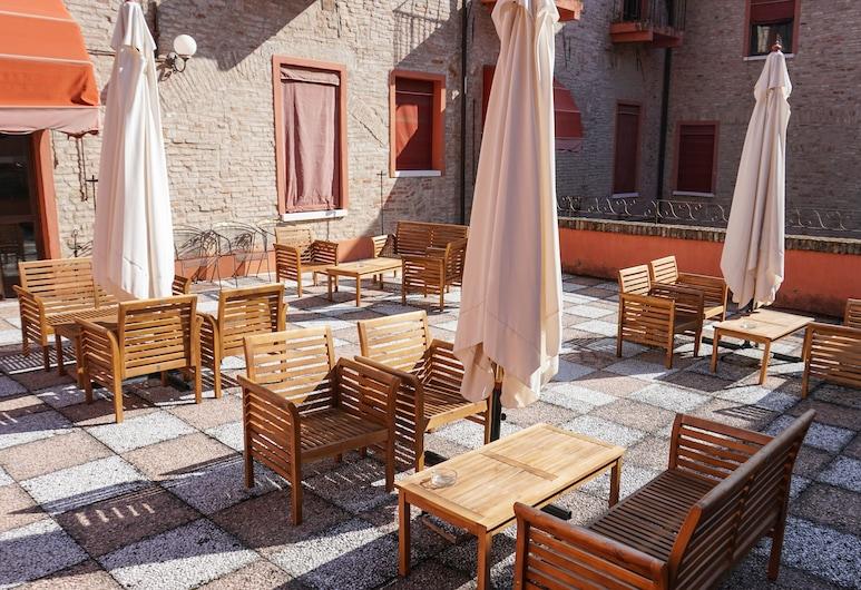 Antica Dimora della Racchetta, Ferrara, Taras/patio