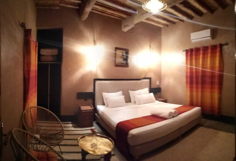 Kasbah Dar Bahnini, Skoura, Deluxe Double or Twin Room, 1 King Bed, Balcony, Mountain View, Guest Room