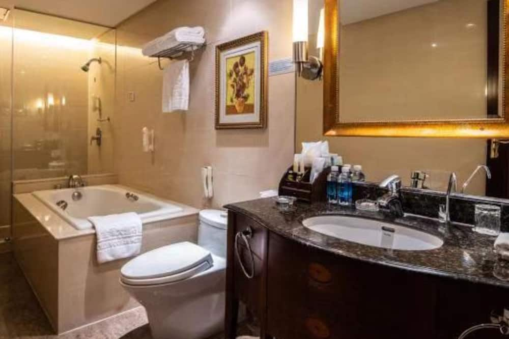 Двомісний номер бізнес-класу, 1 ліжко «квін-сайз», для некурців - Ванна кімната