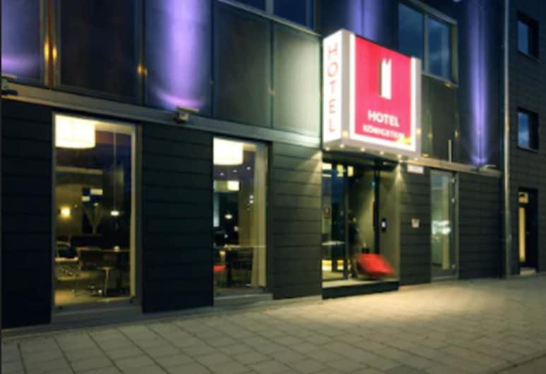Hotel Königstein, Minhene