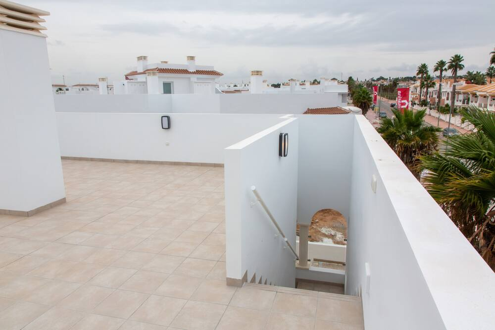 Apartment, 3 Bedrooms, Non Smoking (Helgafell 133) - Teres/Laman Dalam