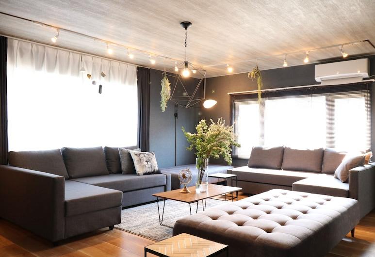 Hiragishi House 1F, Sapporo