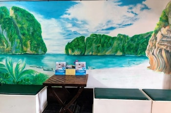 Picture of Golden Bee PhiPhi Hostel in Ko Phi Phi