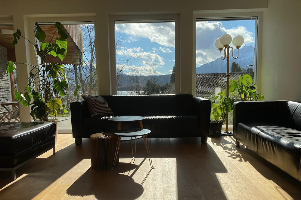 Penthouse, Seeblick (incl. cleaning fee 70 CHF) - Wohnbereich