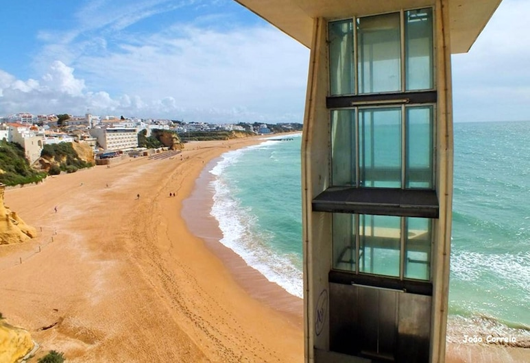 Apartment With one Bedroom in Albufeira, With Wonderful sea View, Shared Pool, Balcony, Albufeira