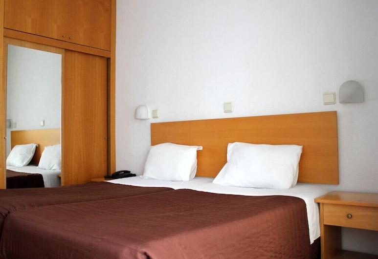 Hotel Mar Azul, אספינו