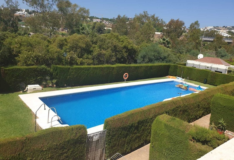 Remarkable 3-bed House in Marbella, Marbella