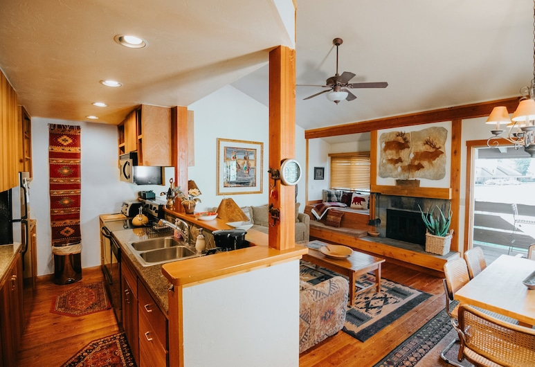 1123 Indian Paintbrush-aspens Condo by Mountain Property Management, Wilson