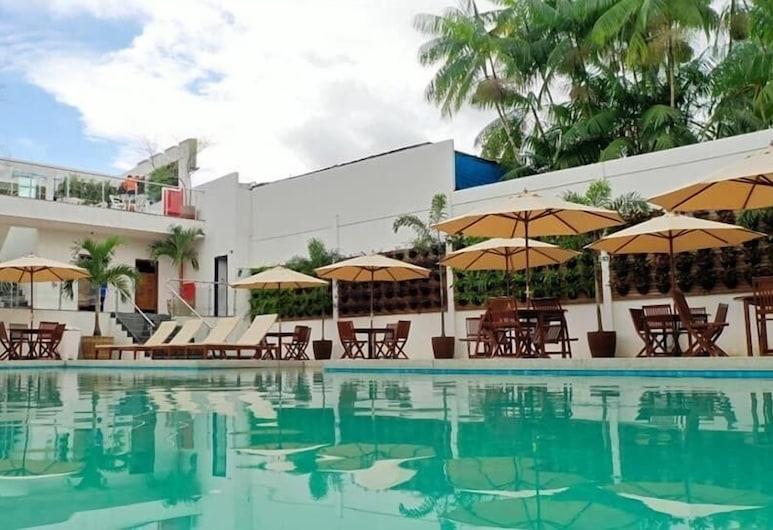 Hotel Paraiso Bom Jesus, بريفز
