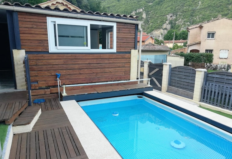 Villa With 2 Bedrooms in Bonson, With Wonderful Mountain View, Private Pool, Enclosed Garden - 20 km From the Beach, Bonson