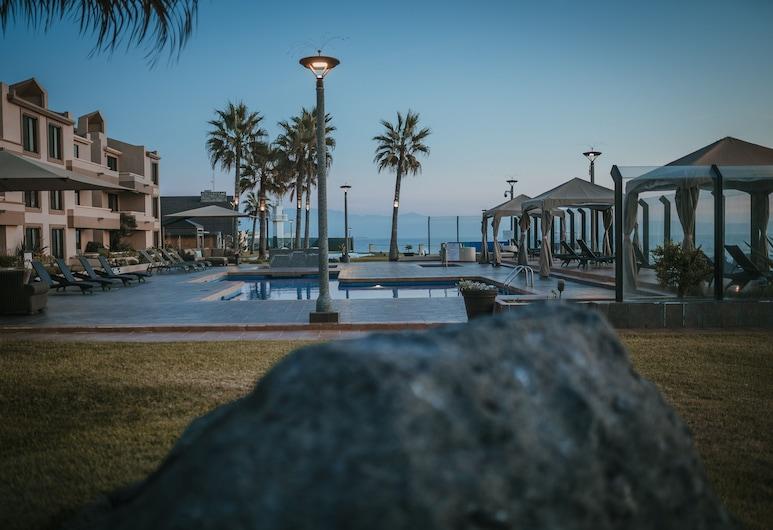Hotel Punta Morro, Ensenada, Patio