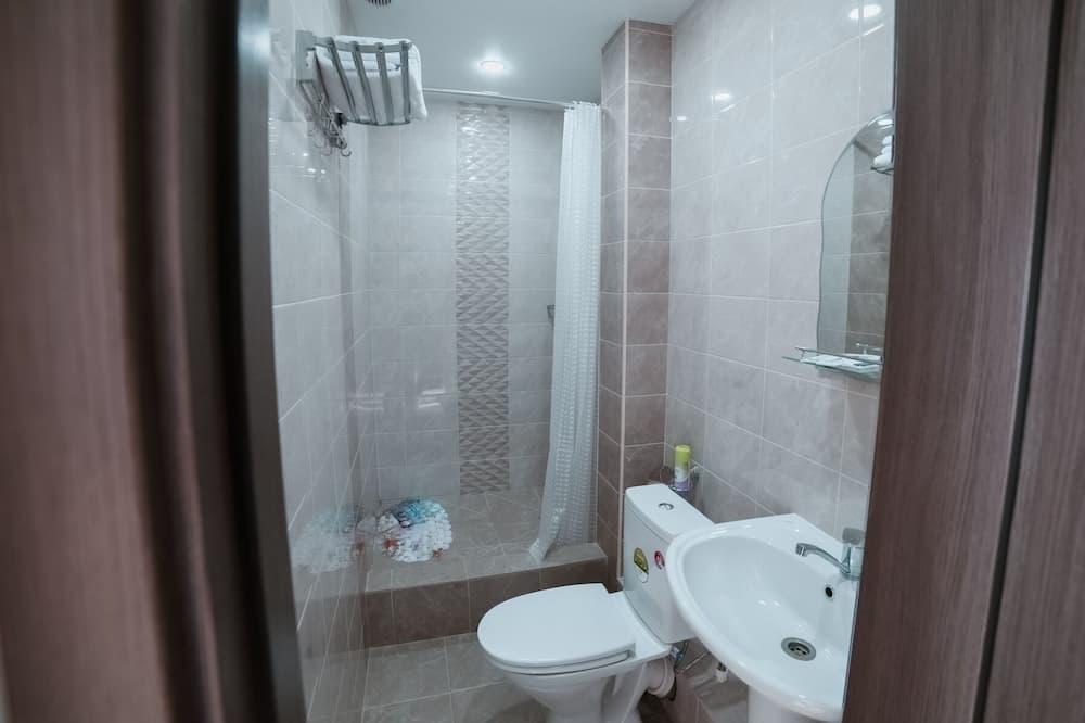 Улучшенный двухместный номер с 2 односпальными кроватями - Ванная комната
