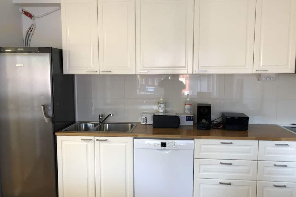 Habitación básica, baño compartido - Cocina compartida