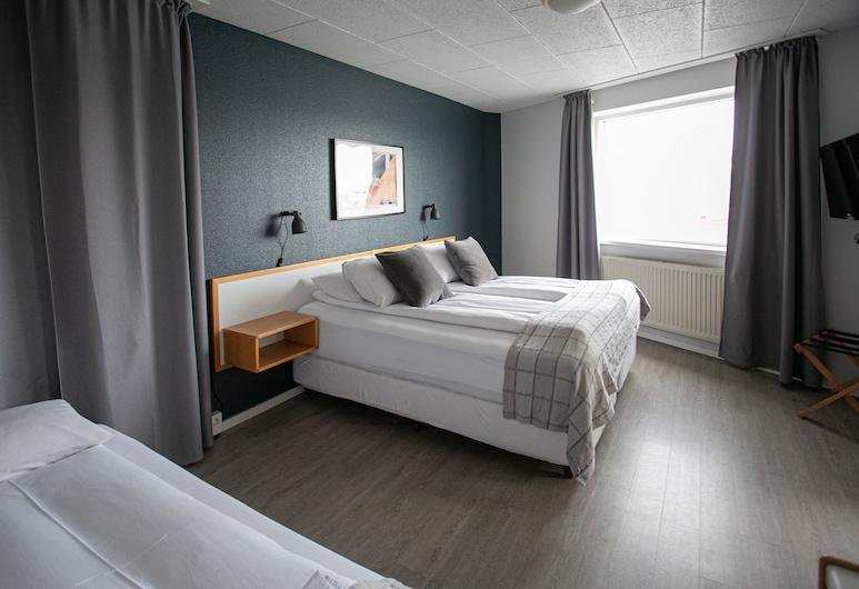 Hotel Norðurland, 阿克雷里, 標準三人房, 私人浴室, 客房