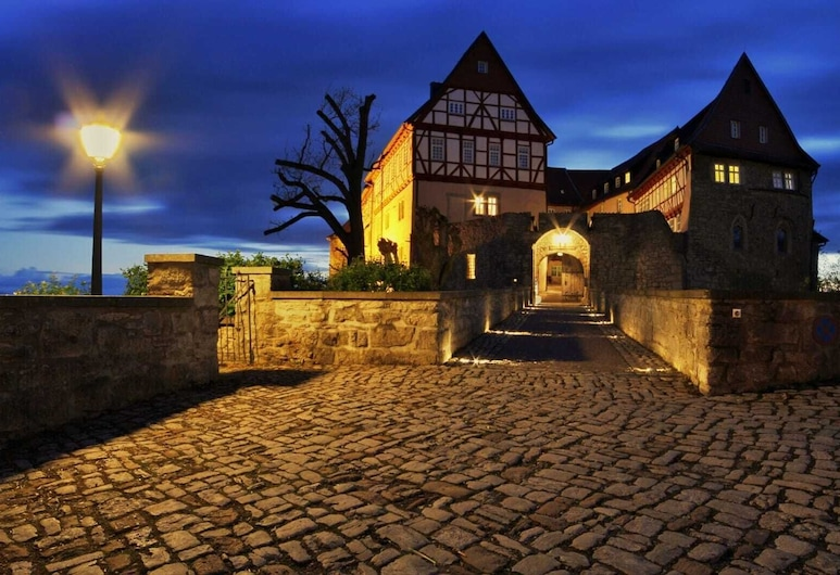 Kutscherhaus  Burg Bodenstein, Leinefelde-Worbis, Hotel Front – Evening/Night