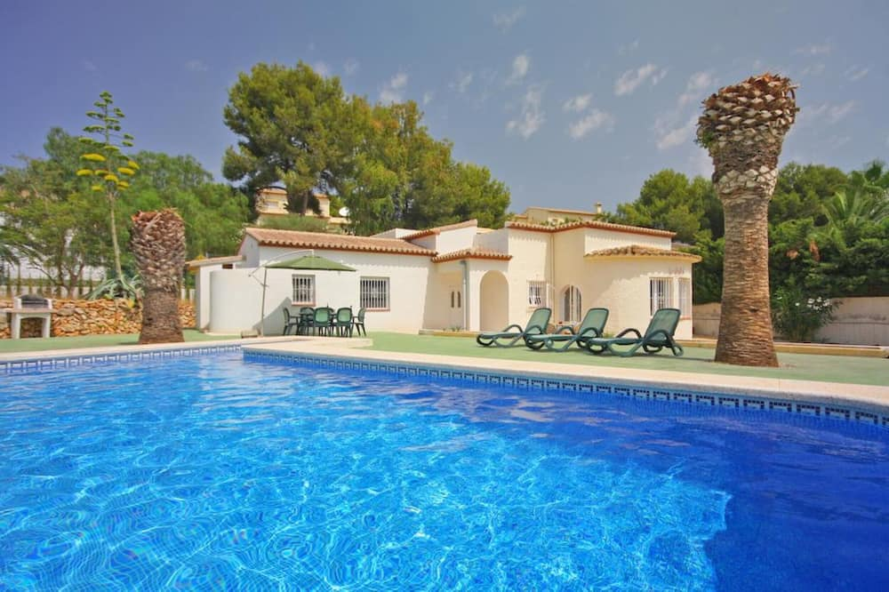 Villa - 3 Bedrooms with Pool and WiFi - 106434