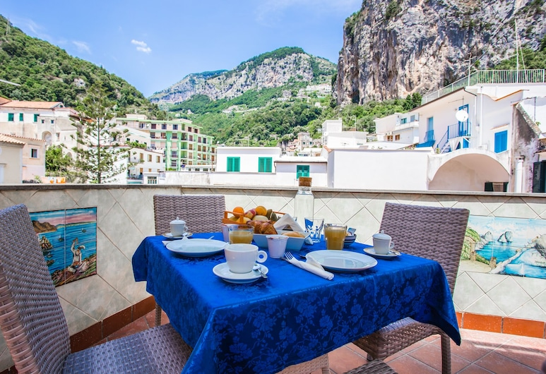 Affittacamere La Piazzetta, Amalfi, Comfort Double Room, 1 Bedroom, Terrace/Patio