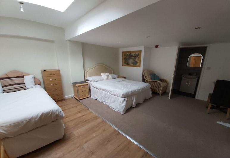 OYO Slap Up Lodge, 劍橋, 標準四人房, 客房