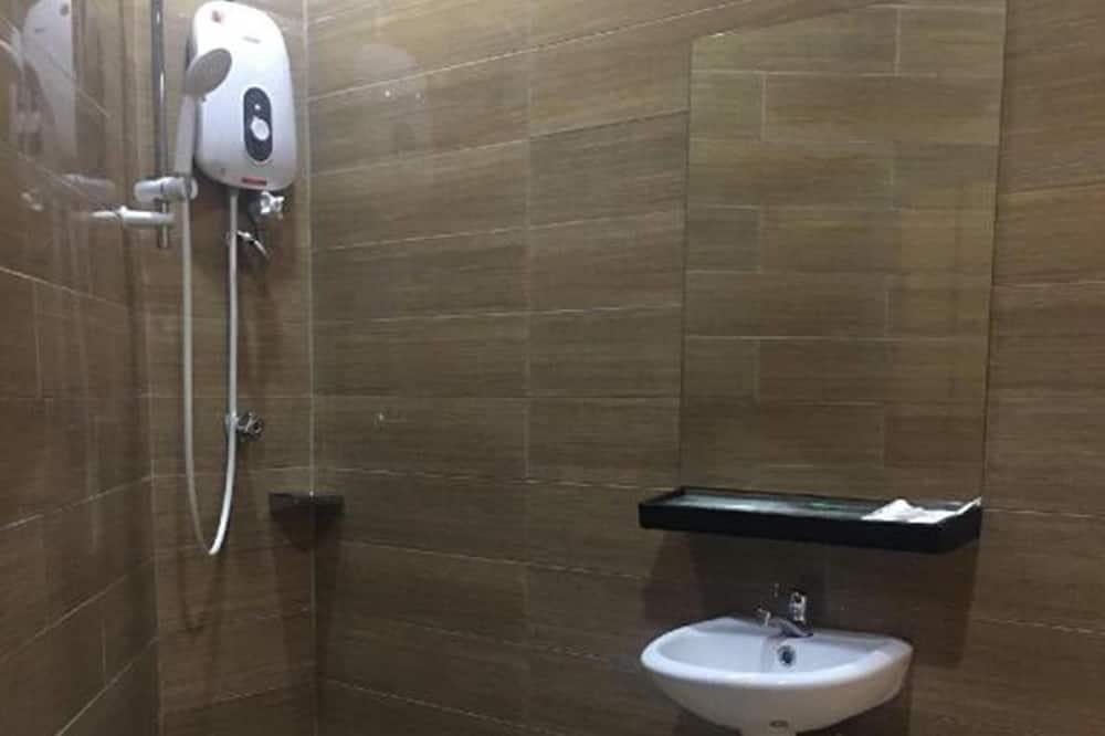Улучшенный одноместный номер - Ванная комната